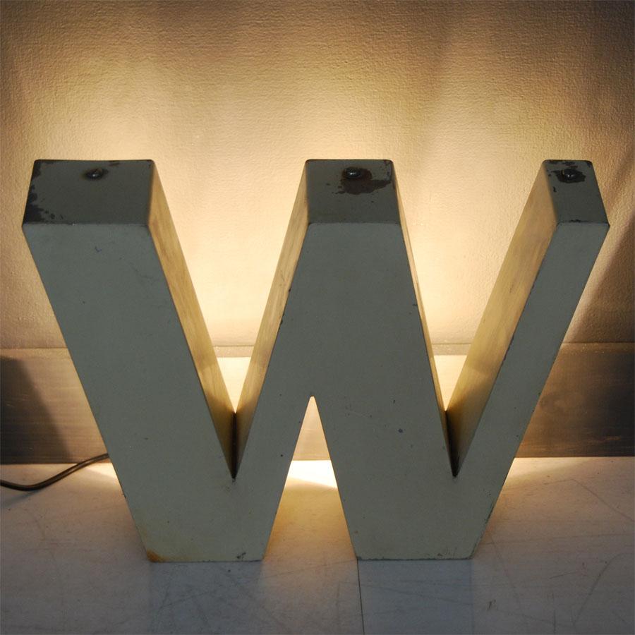 1-Tilt-Originals-Cream-Backlit-W-Letter-Lighting