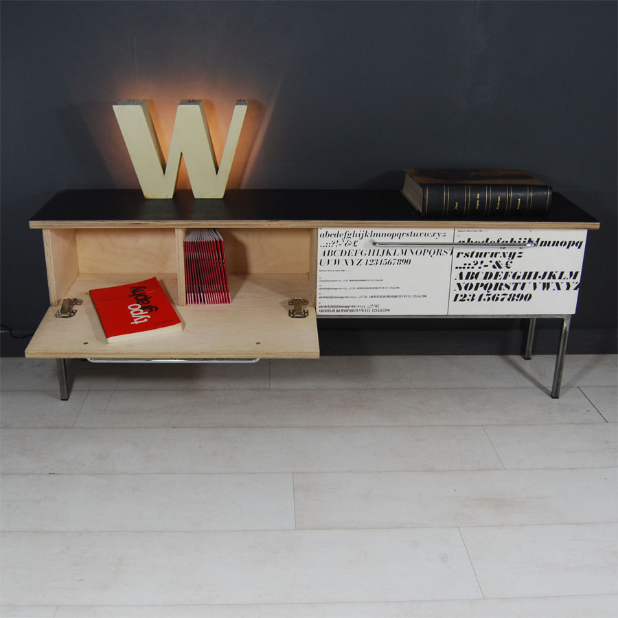 Tilt Originals -Type sample sideboard bench