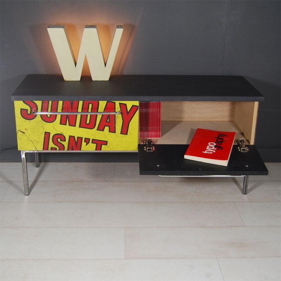 Tilt Originals-Sunday side board bench