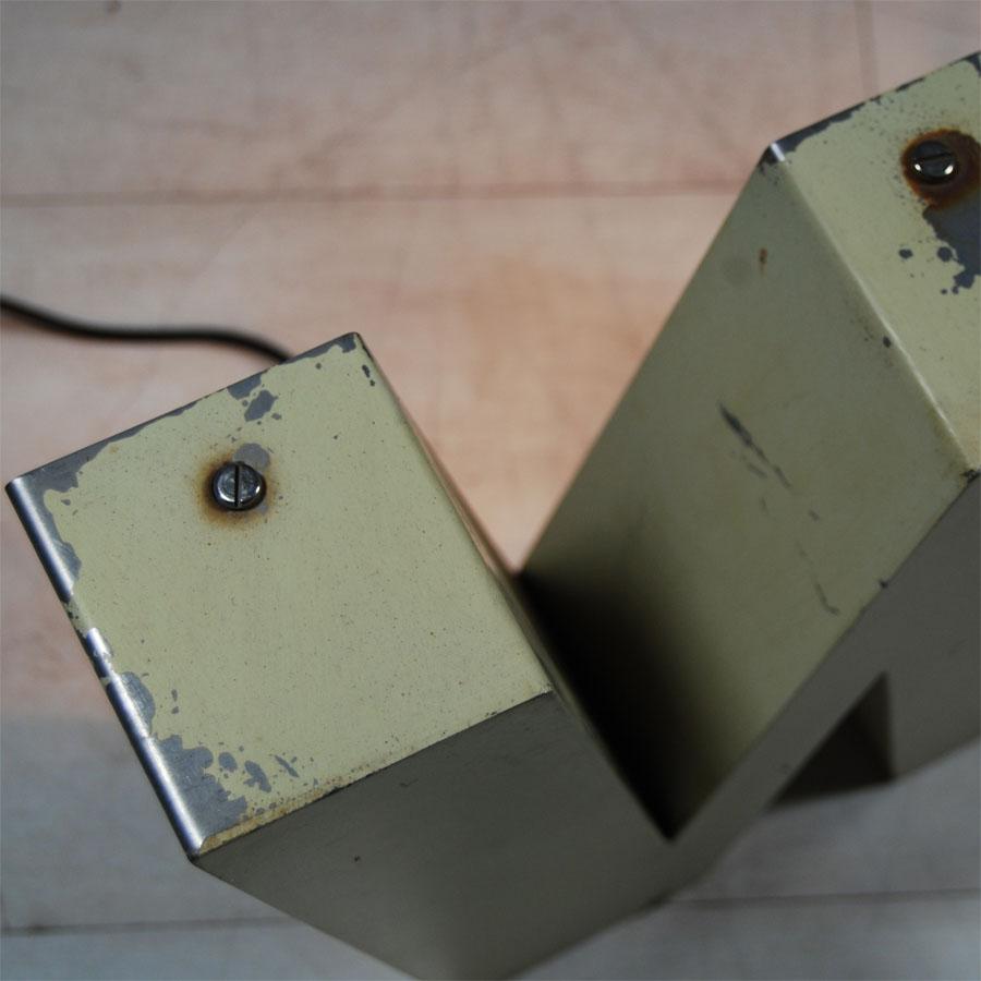 3-Tilt-Originals-Cream-Backlit-W-Letter-Lighting