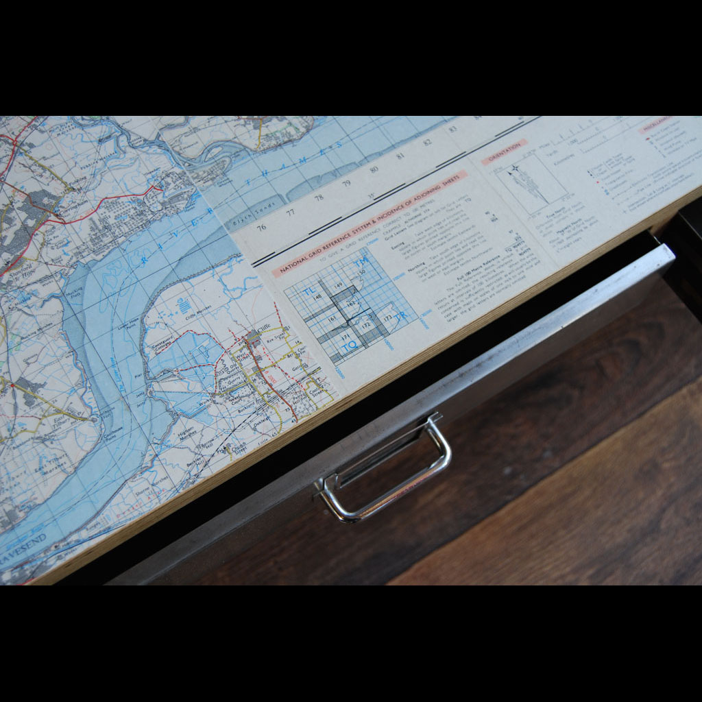 Tilt Originals - Vintage map media table