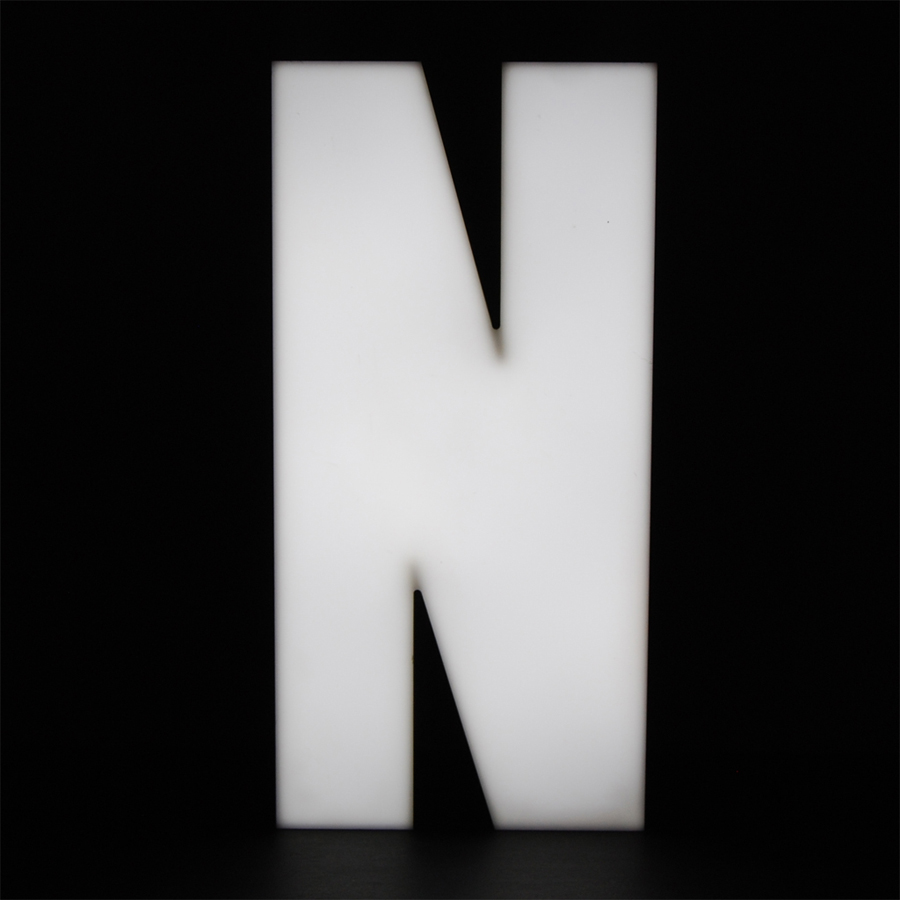 Tilt Originals - N letter light
