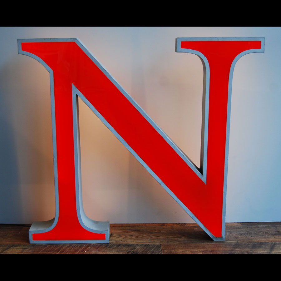 Tilt Originals - Large N letter light